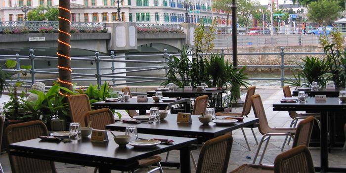 Exterior of JUMBO Seafood Gallery (Riverwalk) in Clarke Quay, Singapore