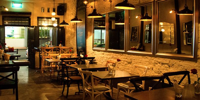 Bar Section Dining in Noti Restaurant on Club Street, Singapore
