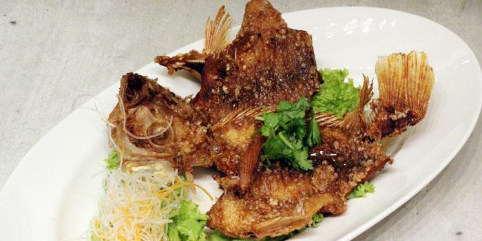 Fried Tilapia of COCA Restaurant in Takashimaya on Orchard Road, Singapore