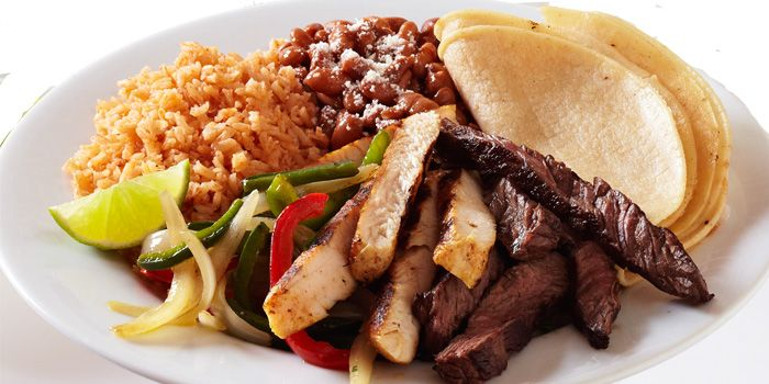 Fajitas from Baja Fresh Mexican Grill (Rendezvous Gallery) in Dhoby Ghaut, Singapore