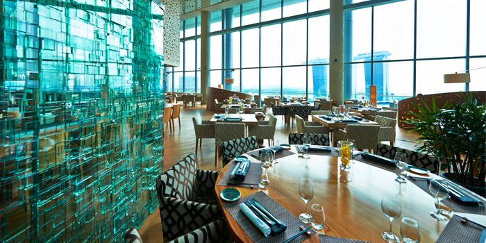 Interior of ME@OUE in OUE Bayfront, Raffles Place, Singapore