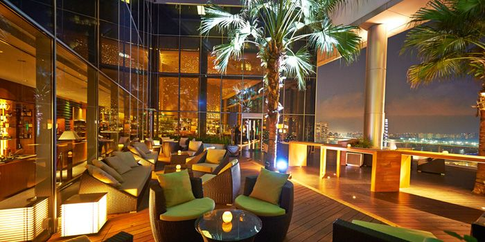 Lounge Area in ME@OUE in OUE Bayfront, Raffles Place, Singapore