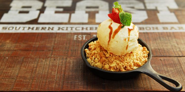 Peach Crumble from The Beast in Bugis, Singapore