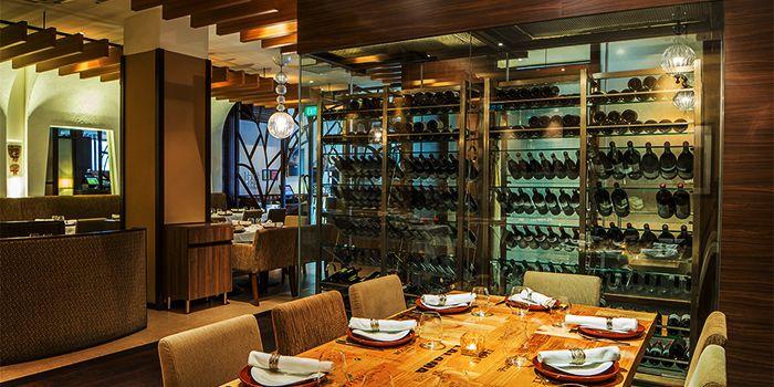 Dining Room in Binomio on Craig Road in Tanjong Pagar, Singapore