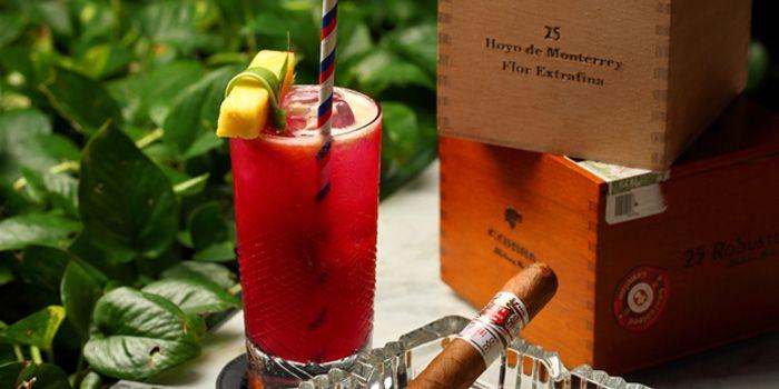 Image of Cocktail at Bob