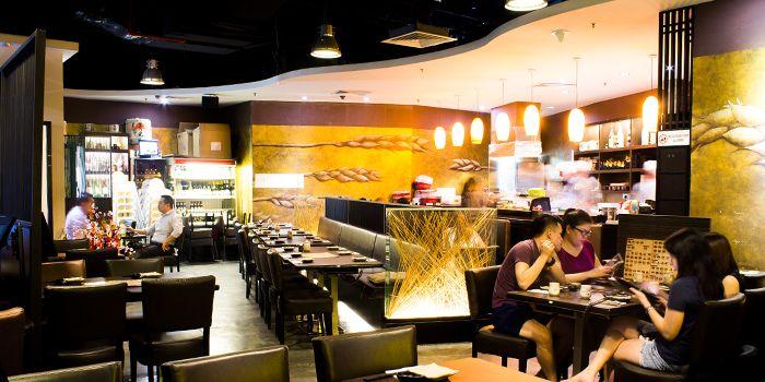 Interior of Shin Minori Japanese Restaurant in Robertson Quay, Singapore