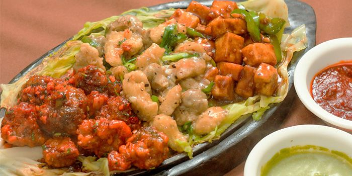 Chinese Sizzler from Myra (Indian Pur Vegaterian Restaurant) on Sukhumvit soi 22