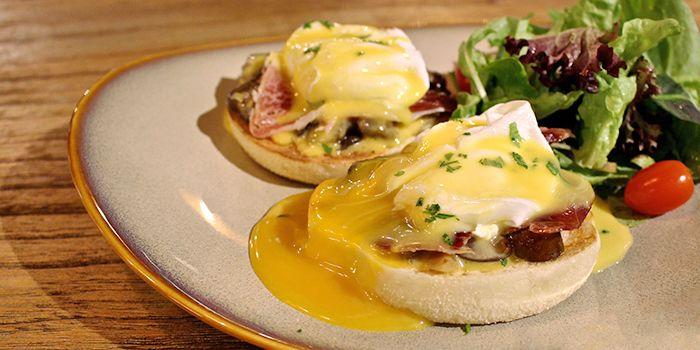 Eggs Benedict from Laurent