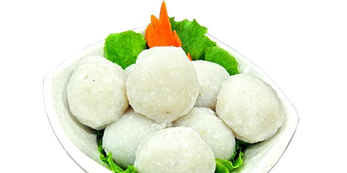 Fishballs from JinJi Teochew Steamboat Restaurant (Joo Chiat) in Joo Chiat, Singapore