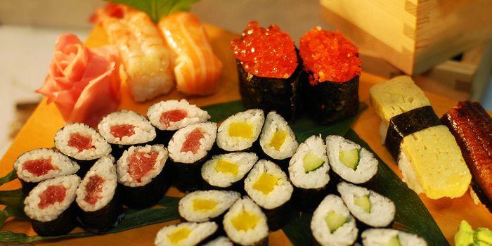 Sushi & Maki from Shin Minori Japanese Restaurant in Robertson Quay, Singapore