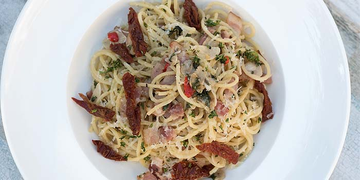 Aglio Olio from The Berlin Bar & Restaurant in CHIJMES at City Hall, Singapore