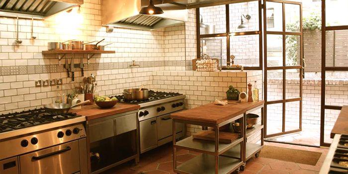 Corner kitchen chope restaurant reservations for Cloud kitchen beijing