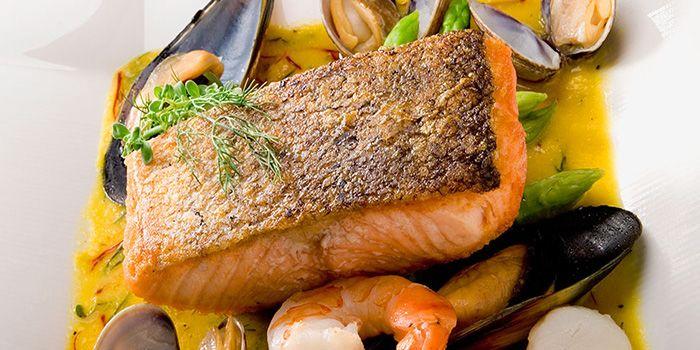 Salmon from Spasso Restaurant & Bar at Grand Hyatt Erawan, Bangkok