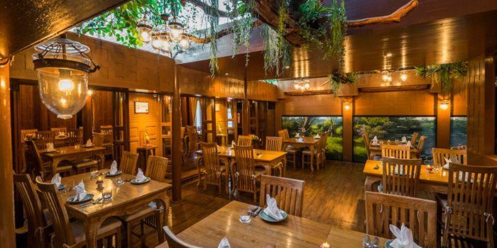 Interior from Siam Wisdom in Upper Sukhumvit, Bangkok