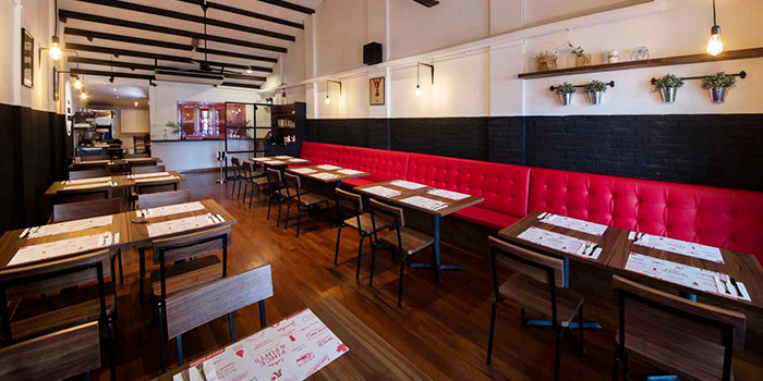 Dining Area in Pince & Pints Restaurant and Bar in Duxton, Singapore