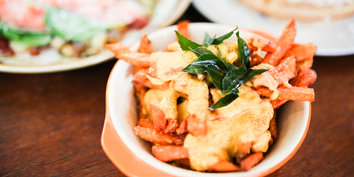 Salted Egg Sweet Potato Fries from Sin Lee Foods in Tiong Bahru, Singapore