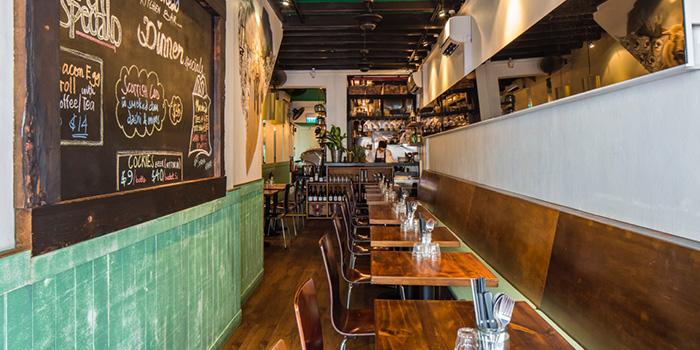 Dining Area of Moosehead Kitchen & Bar on Telok Ayer Street, Singapore
