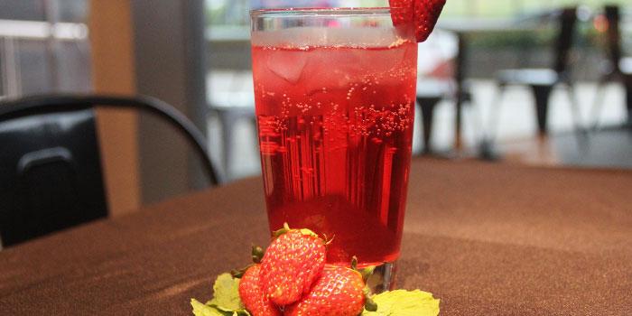 Strawberry Drink from 99 Bistro & Kitchen in Paya Lebar, Singapore