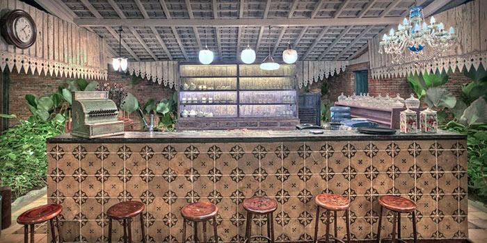 Bar Area of Balique in Jimbaran, Bali