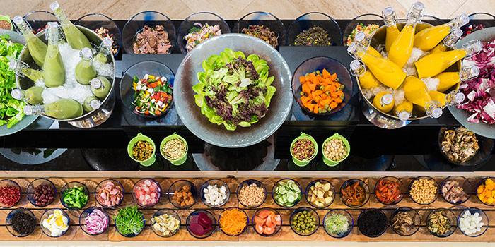 Sunday Brunch Salad Bar from Oscar