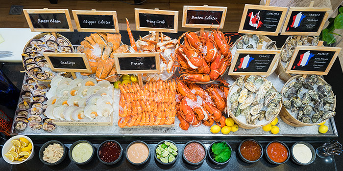 Sunday Brunch Seafood Bar at Oscar
