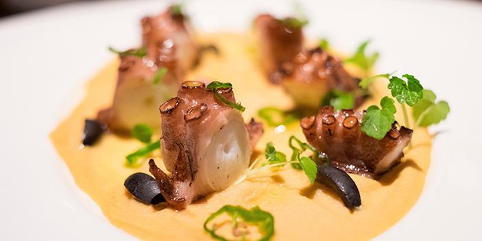 Smoked Octopus in Homemade Hummus, Zafran, Central, Hong Kong