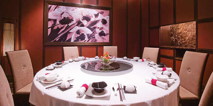 Dining Table Setting of Crystal Jade Dining IN Restaurant in VivoCity in Harbourfront, Singapore