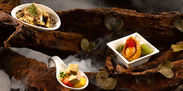 Combination Platter from Crystal Jade Golden Palace in Orchard, Singapore