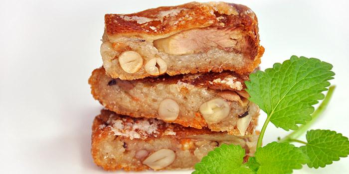 Crispy Xiangsu Duck from Xi Yan Private Dining in Tanjong Pagar, Singapore