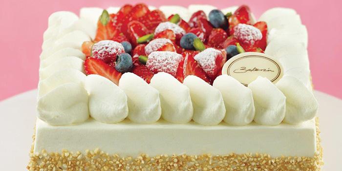 Strawberry Shortcake from Bakerzin @ United Square in Novena, Singapore
