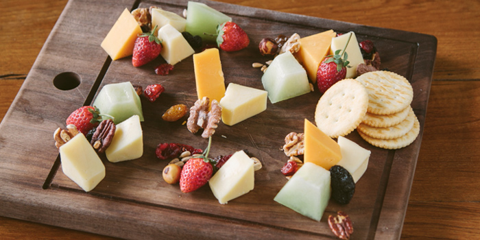 Cheese Platter from White Shuffle at CentralFestival EastVille, Bangkok