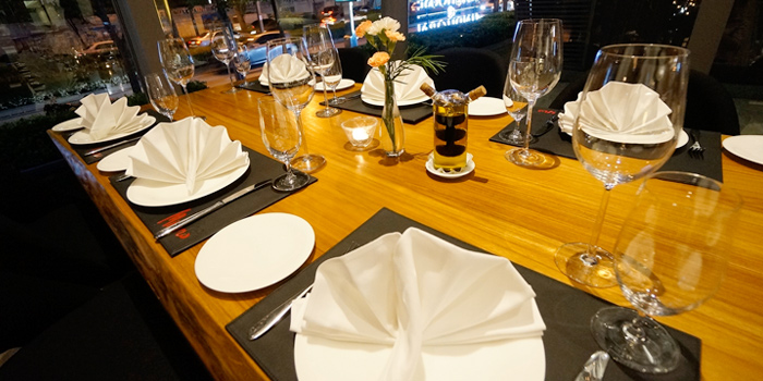 Dining Table from Café Milano at Sindhorn Tower on Wireless Road, Bangkok