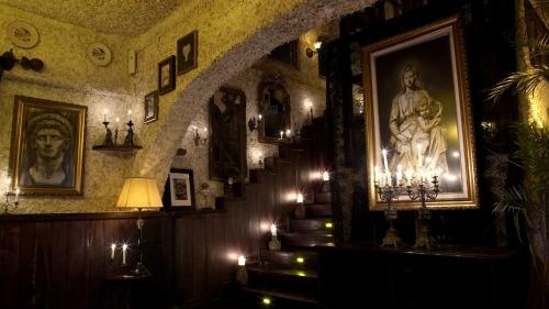 Gothic Interior look of La Sicilia, Bali