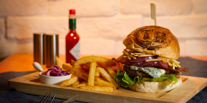Cashel Blue Burger, Texas Burger, Tin Hau, Hong Kong
