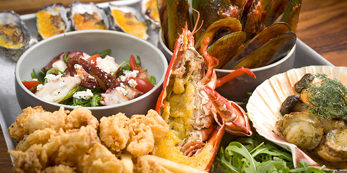 Seafood Platter from Greenwood Fish Market along Quayside Isle in Sentosa, Singapore