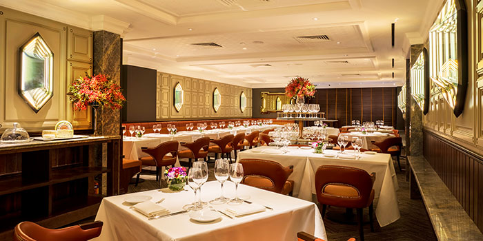 Dining Room of Osteria Art in Raffles Place, Singapore