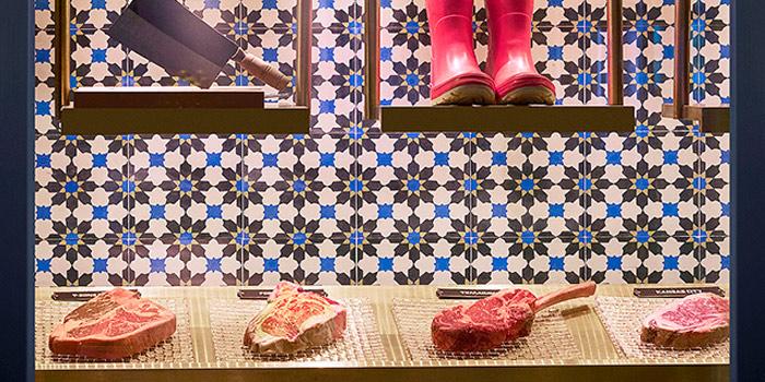 Steaks, Porterhouse by Laris, Central, Hong Kong