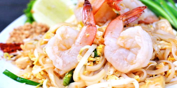 Prawn Phad Thai from Bar Bar Black Sheep (Cluny Court) in Bukit Timah, Singapore