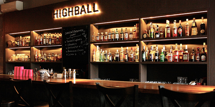 Bar Counter of Highball in Outram, Singapore