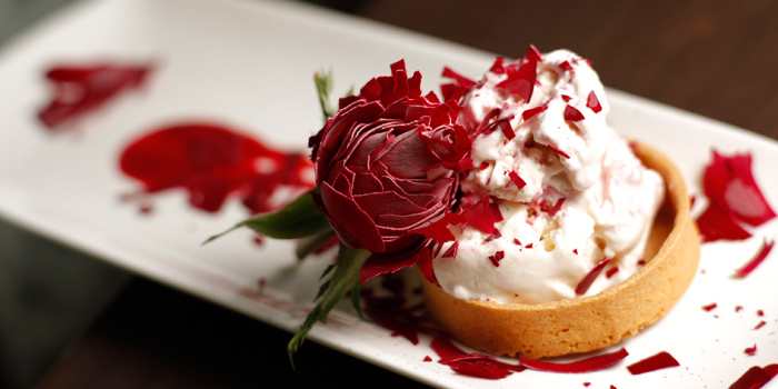 Liquid Nitrogen Ice Cream with Rose, AVA Restaurant Slash Bar, Tsim Sha Tsui, Hong Kong