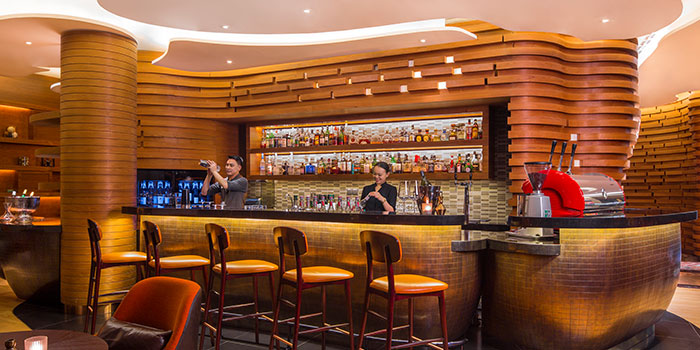Bar of Opus Bar & Grill in Hilton Hotel along Orchard Road, Singapore