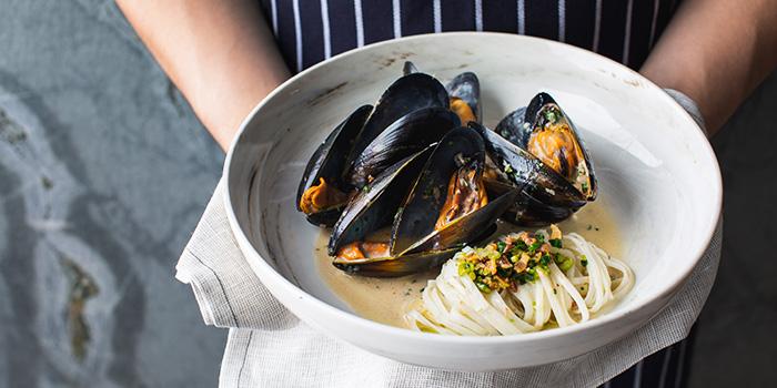 Mussels from SPRMRKT Kitchen & Bar in Robertson Quay, Singapore