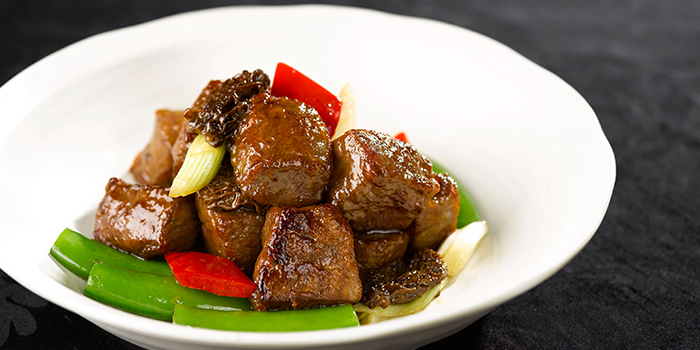 Wok Fried Wagyu Beef with Mushrooms from Summer Palace serving Chinese cuisine in Regent Singapore in Tanglin, Singapore
