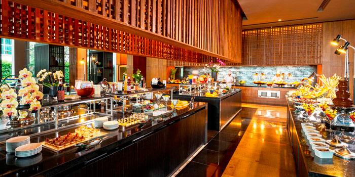 Buffet Line from Mosaic at Phuket Panwa Beachfront Resort, Phuket