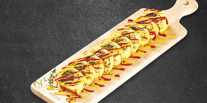 Noodle Egg Roll, Goobne Chicken, Central, Hong Kong