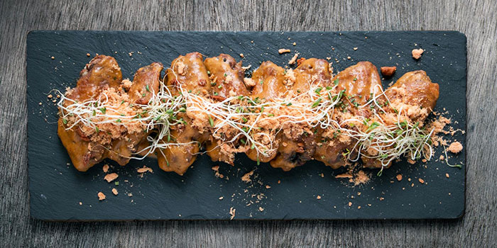 Salted Eggs Chicken Wings from pluck on Club Street in Tanjong Pagar, Singapore