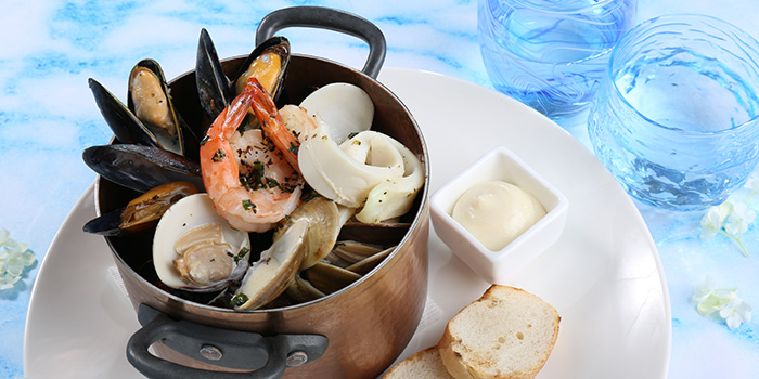 Seafood in a Pot, Peak Cafe Bar Olympian City, Tai Kok Tsui, Hong Kong