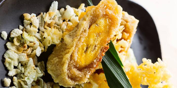Caramelized Crispy Banana from Osha Cafe at Asiatique the Riverfront, Bangkok