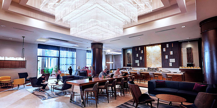 Bar Area of Crossroads Bar in Swissotel Merchant Court in Clarke Quay, Singapore