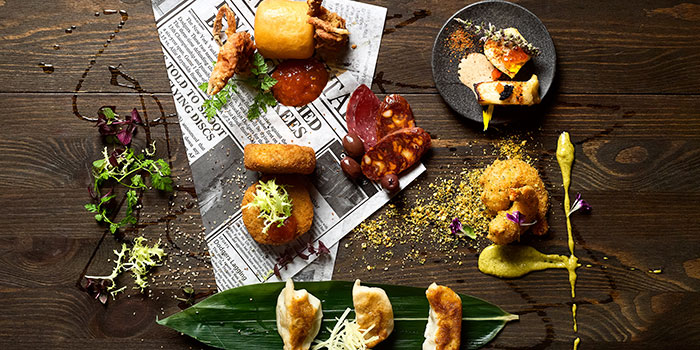 Tapas from Crossroads Bar in Swissotel Merchant Court in Clarke Quay, Singapore
